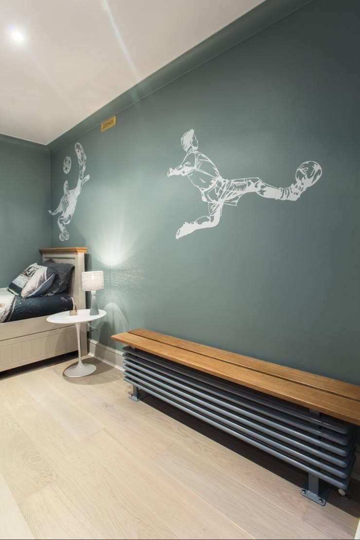 Bedroom painting in London NW3:  Nursery/kid's room by Adrian Lesicki Decorating
