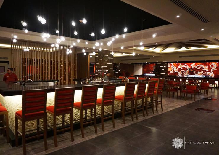 RESTAURANTE ASIATICO en Hyatt ZIva Los Cabos: Hoteles de estilo  por Marisol Tafich