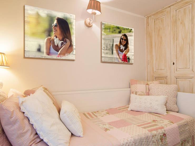 Stampa diretta su legno - Home decor: Camera da letto in stile  di lizea sas