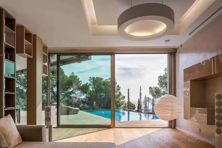 Projekty,  Domy zaprojektowane przez Simon Garcia | arqfoto