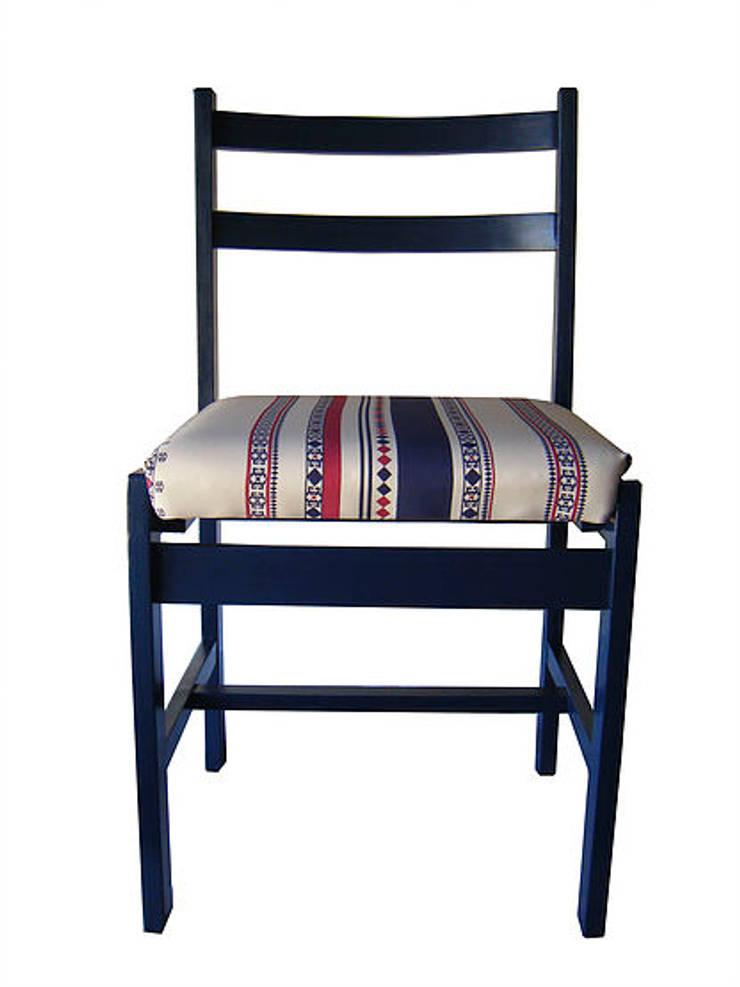Design: Sala de estar  por Qoya Design & Crafts