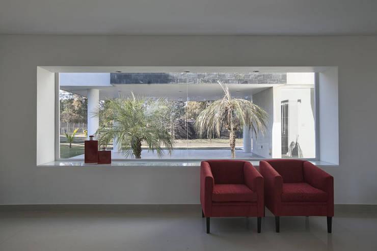 Wohnzimmer von Pablo Anzilutti | Arquitecto