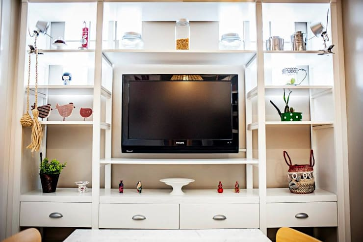 Ruang Keluarga oleh Feller Herc Arquitectura, Modern