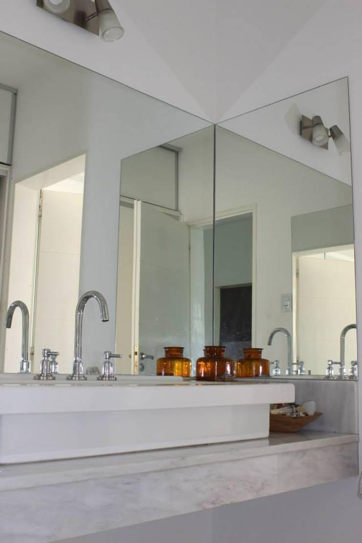 Baños y Cocinas: Baños de estilo  por Tondo Arquitectura