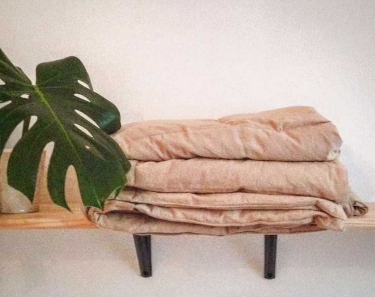 Muebles ambientados Livings modernos: Ideas, imágenes y decoración de Ayacucho estudio Moderno