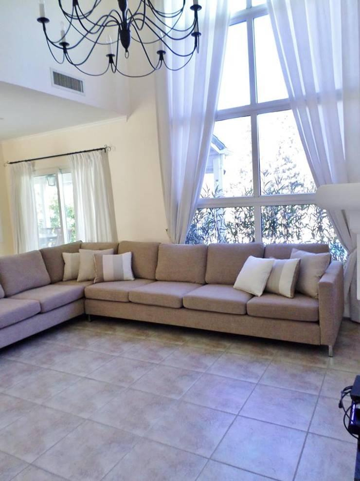 Diseños de interiores Livings modernos: Ideas, imágenes y decoración de Vy Interior Design Moderno