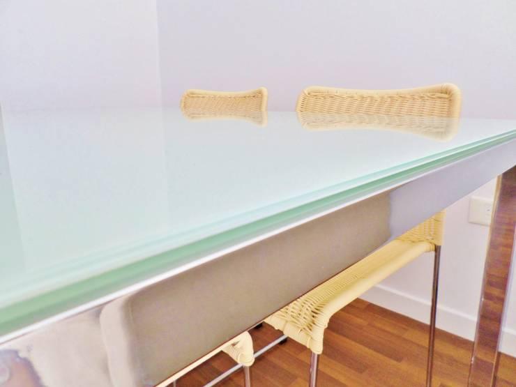 Diseños de interiores Comedores modernos de Vy Interior Design Moderno