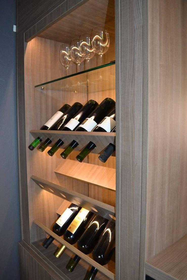 Muebles para Loft: Bodegas de estilo  por dis.noeliabeltrame