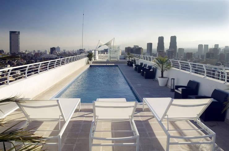 Kolam Renang oleh ARCO Arquitectura Contemporánea , Modern
