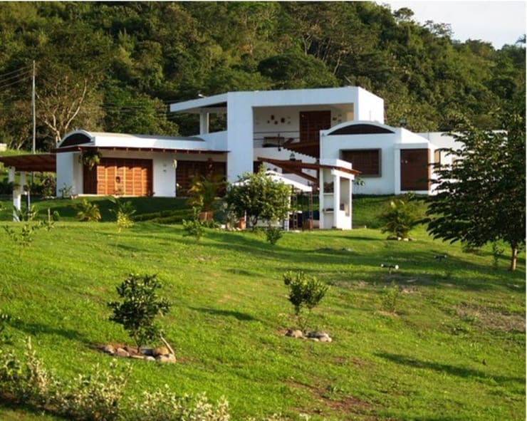 CASA BARBATUSCOS: Casas de estilo moderno por Terra Arquitectura
