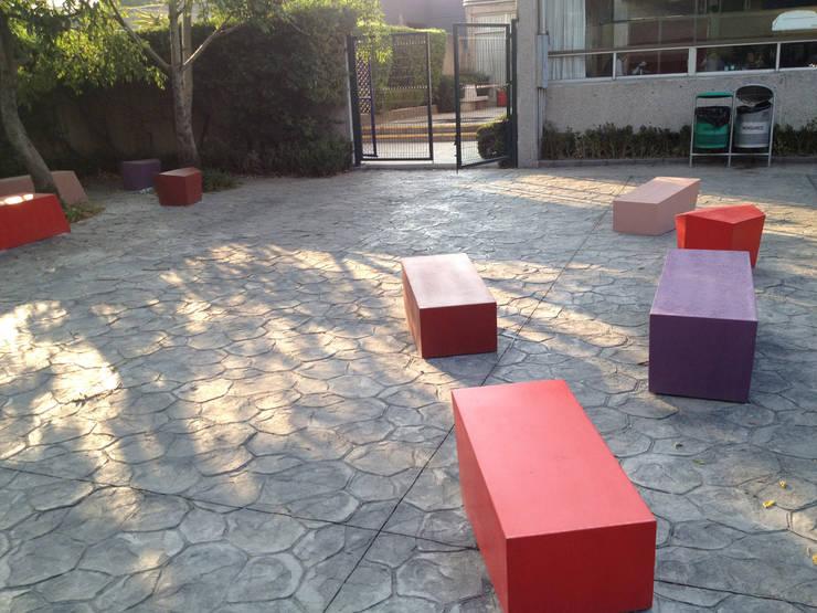 Jardines de estilo  por ARCO Arquitectura Contemporánea