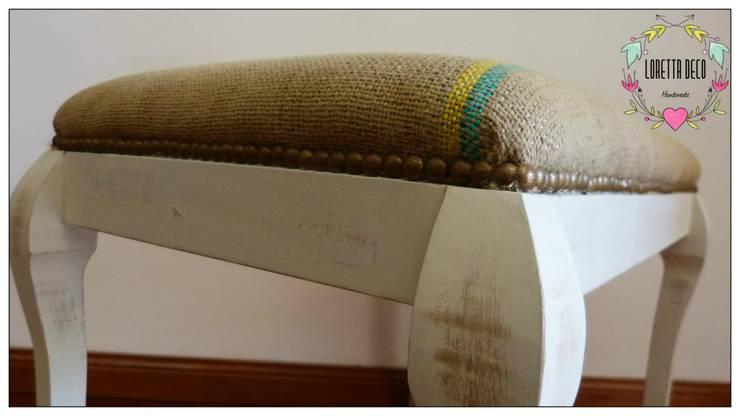 Taburetes: Livings de estilo  por Loretta Deco