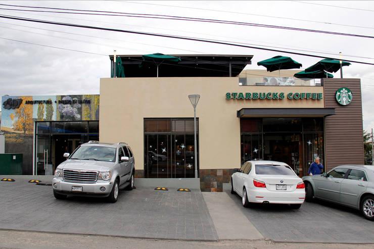 Plaza Santa Monica : Oficinas y tiendas de estilo  por ARCO Arquitectura Contemporánea