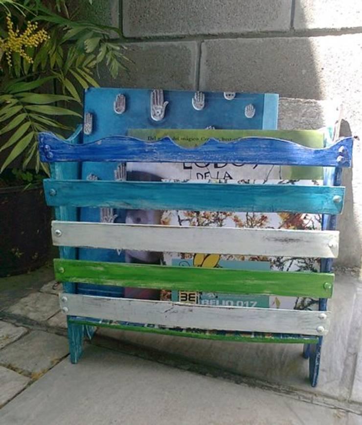 MUEBLES RECICLADOS: Hogar de estilo  por CosaRara Muebles Reciclados
