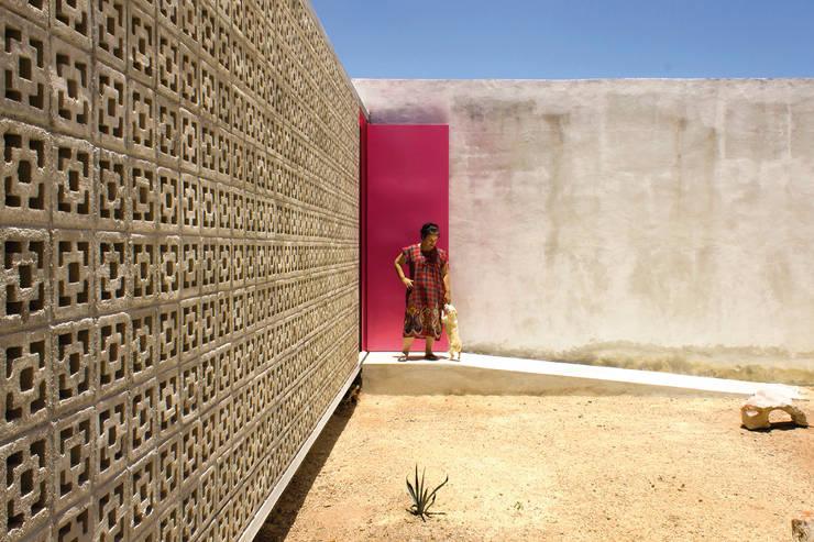 房子 by TACO Taller de Arquitectura Contextual
