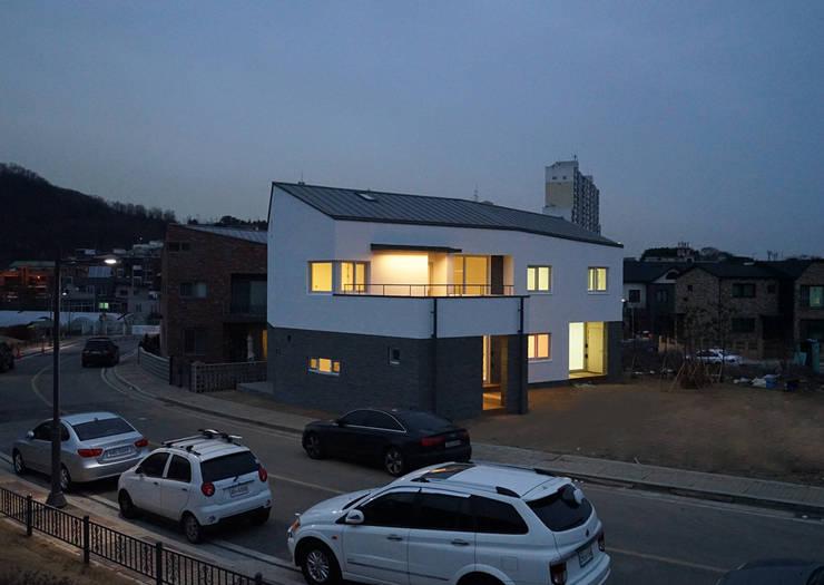 Häuser von IDÉEAA _ 이데아키텍츠, Modern