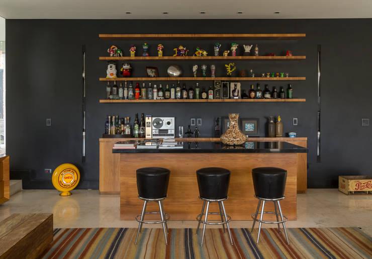 Cocinas de estilo moderno por Ximenes Leite Arquitetura Ltda.