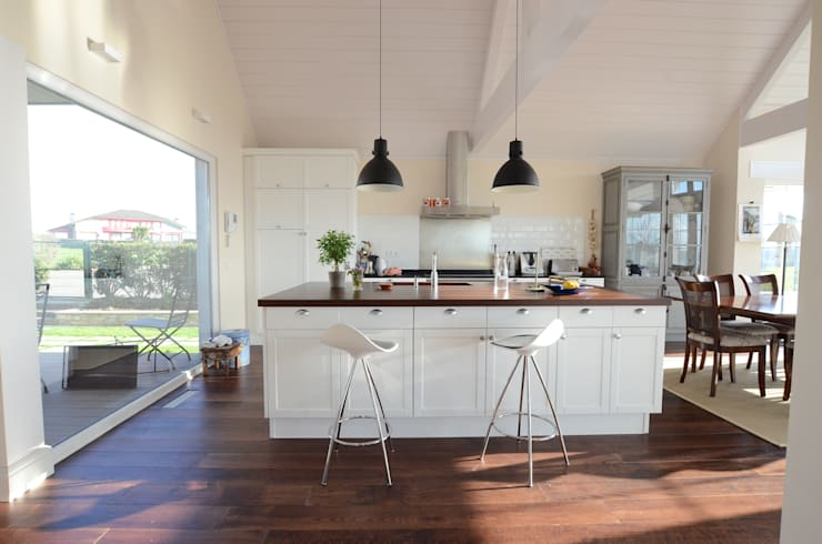 Cocina Open Concept: Cocinas de estilo  de Canexel