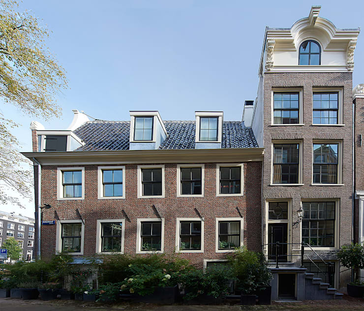 Herengracht + Bergstraat:  Huizen door Architectenbureau Vroom