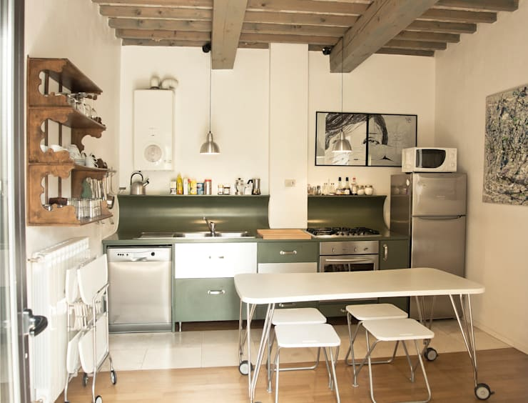 Kitchen by Studio Sarpi