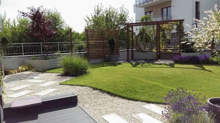 aranzacja ogrodow: styl , w kategorii Taras zaprojektowany przez Ogrodowa Sceneria,Śródziemnomorski