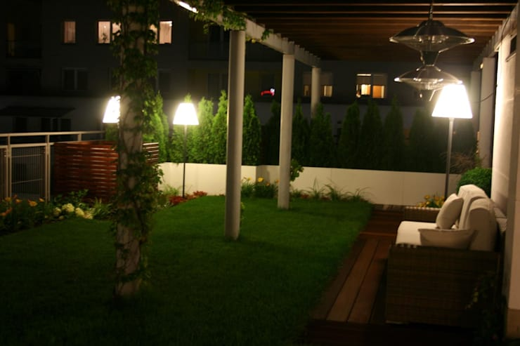aranzacja tarasu: styl , w kategorii Dach płaski zaprojektowany przez Ogrodowa Sceneria,Nowoczesny