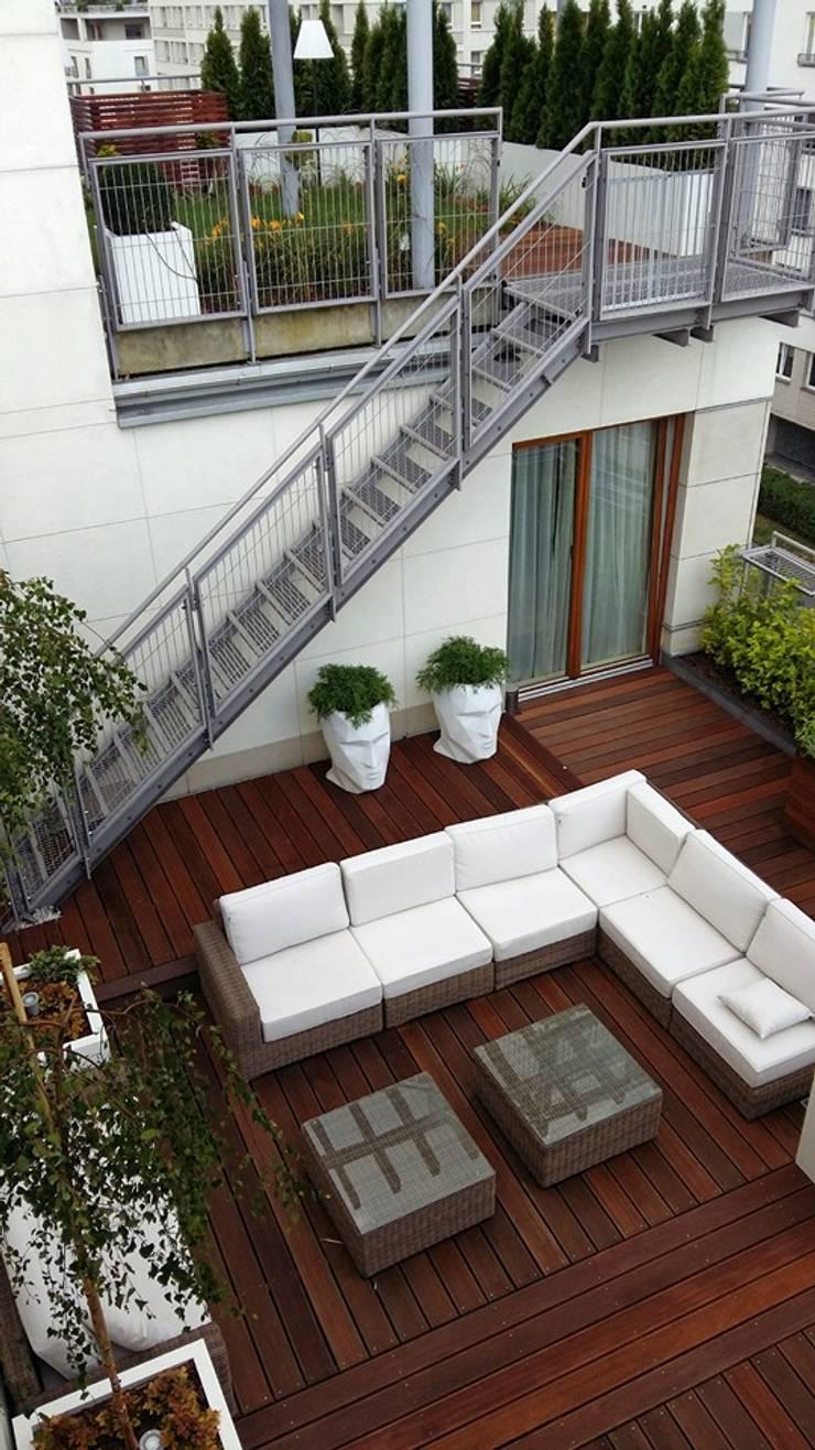 taras przy mieszkaniu: styl , w kategorii Dach płaski zaprojektowany przez Ogrodowa Sceneria,Nowoczesny