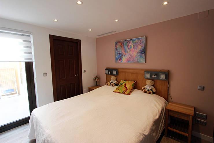 Dormitorios infantiles de estilo escandinavo por Novodeco