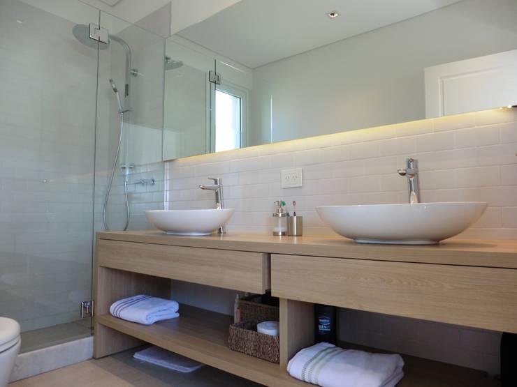 浴室 by Laboratorio de Arquitectura y Diseño