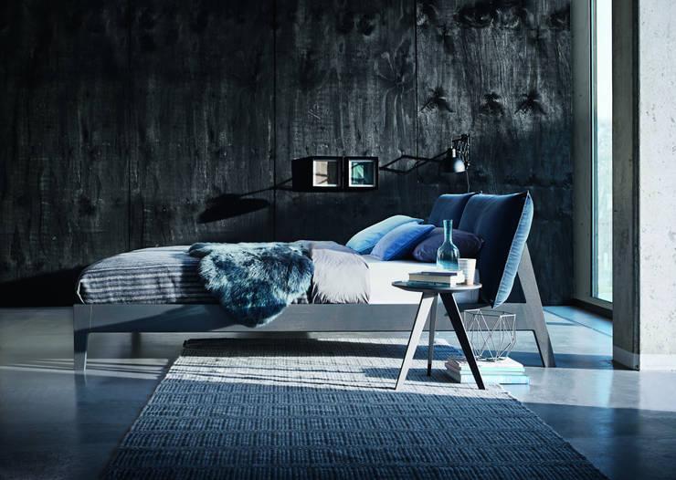 Projekty,  Sypialnia zaprojektowane przez KwiK Designmöbel GmbH