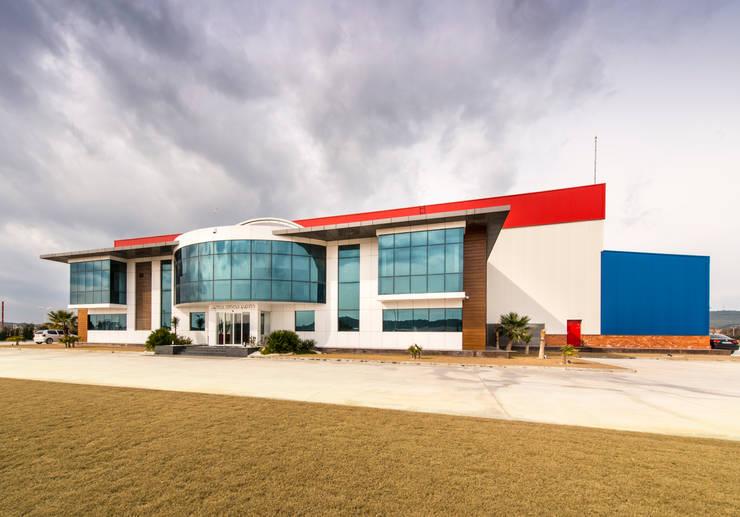 Mimode Mimarlık/Architecture – AYVALIK YAT FABRİKASI :  tarz Ofis Alanları