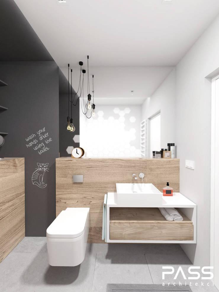 PROJEKT WNĘTRZA W WARSZAWIE / 2: styl , w kategorii Łazienka zaprojektowany przez PASS architekci,Skandynawski