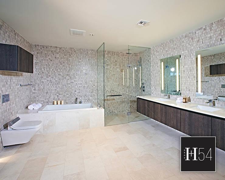 Brickell City Centre, Miami.: Hoteles de estilo  por Home54,