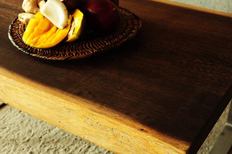 Wenge wood collection: styl , w kategorii Salon zaprojektowany przez Drwo.pl