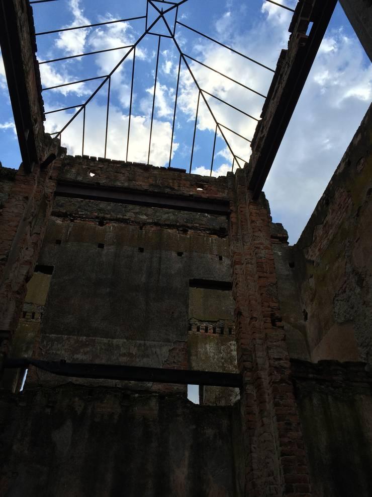 Conjunto Parroquial San Diego De Alcala Pasillos, vestíbulos y escaleras coloniales de Taller Esencia Colonial