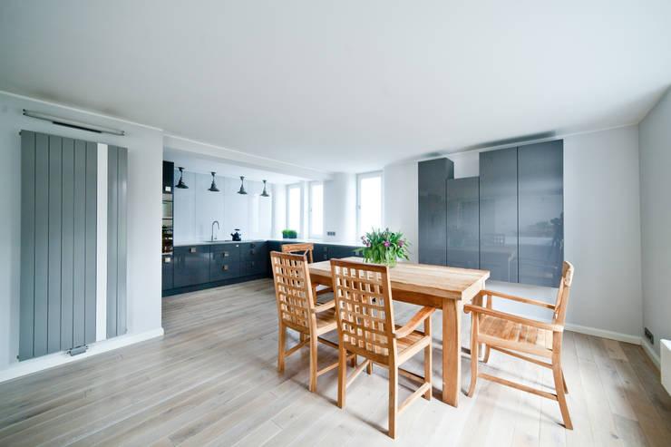 Dom jednorodzinny pod Poznaniem.: styl , w kategorii Kuchnia zaprojektowany przez wnętrzarki,Minimalistyczny