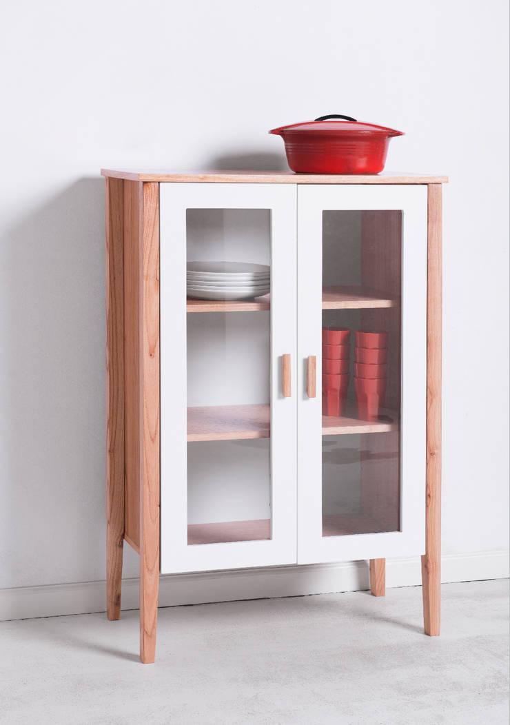 Vajillero Genova: Cocinas de estilo  por Wood Market,