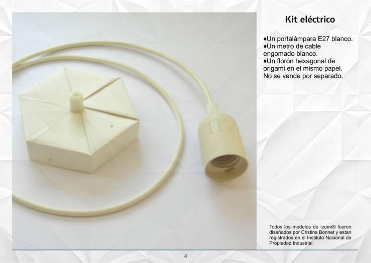 Kit eléctrico:  de estilo  por Izumi,Moderno Papel