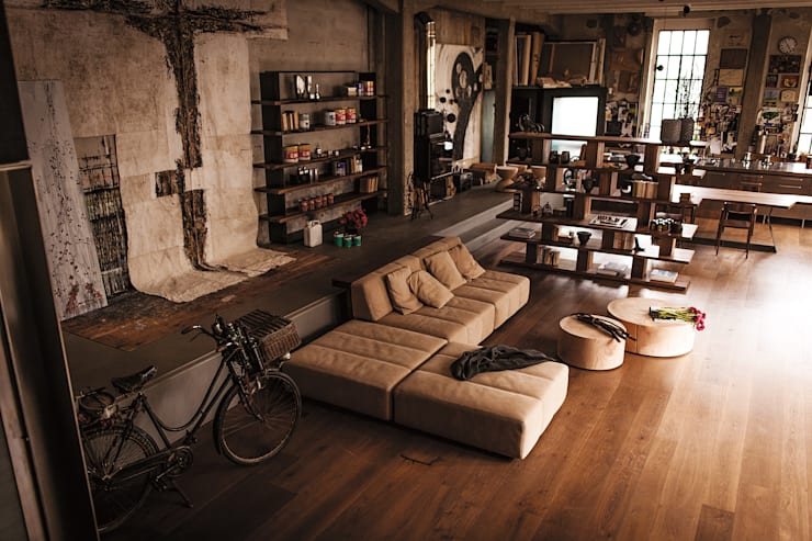 غرفة المعيشة تنفيذ Riva1920