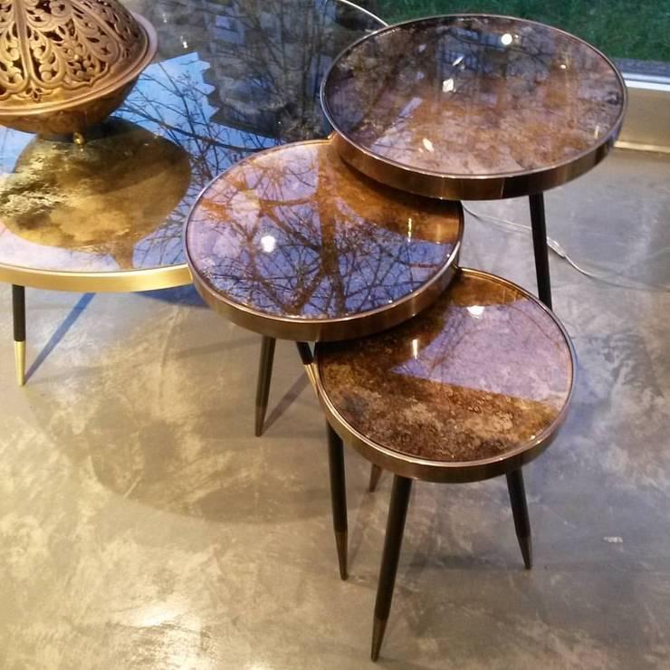 """GLOBO EXCLUSIVE DESIGN COLLECTION – Konforunu sevenler için estetik ve şık """"Coffee Table"""" çeşitleri: modern tarz , Modern"""