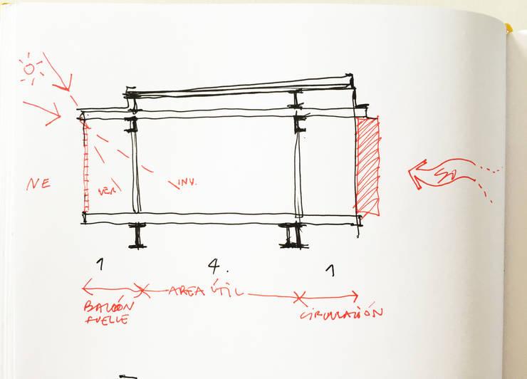CROQUIS de la SECCION de PLANTA ALTA (HABITACIONES):  de estilo  por CCMP Arquitectura