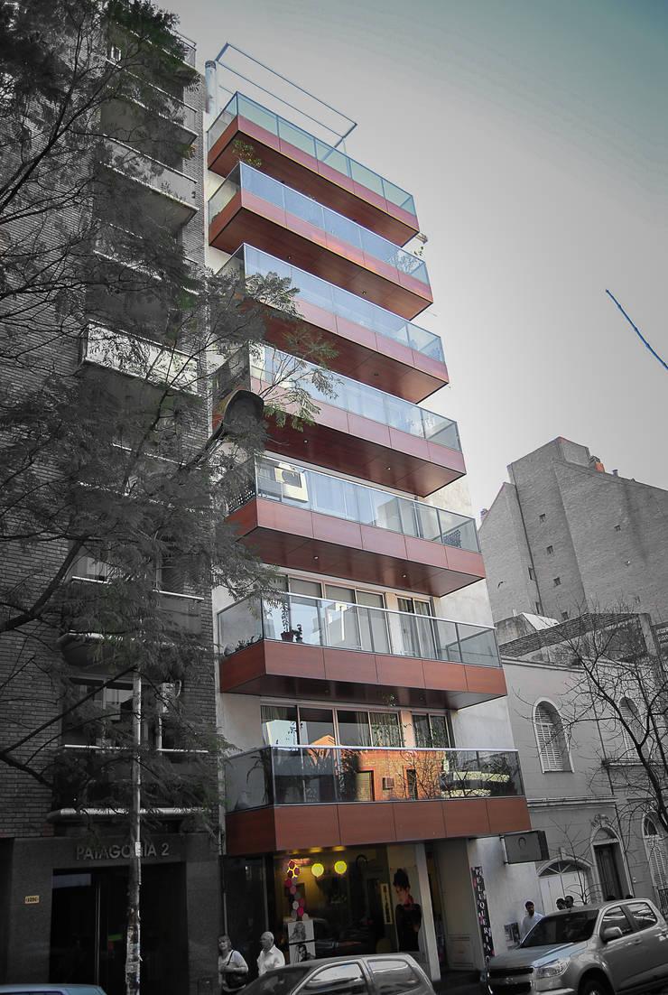 FOTO EXTERIOR: Terrazas de estilo  por CCMP Arquitectura