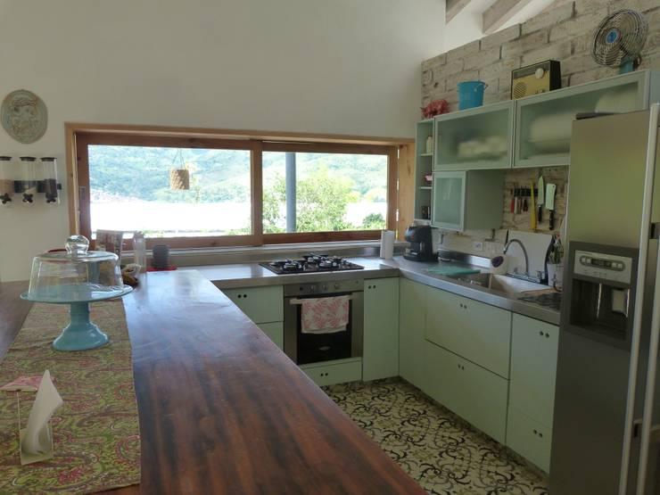 Cocina : Cocinas de estilo  por interior137 arquitectos , Moderno