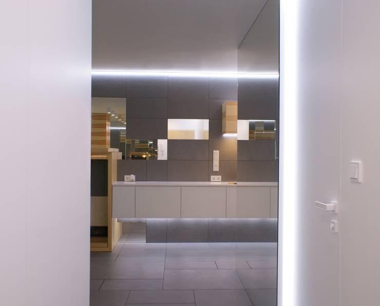 Grey-t: styl , w kategorii Korytarz, przedpokój zaprojektowany przez t design,Nowoczesny Beton