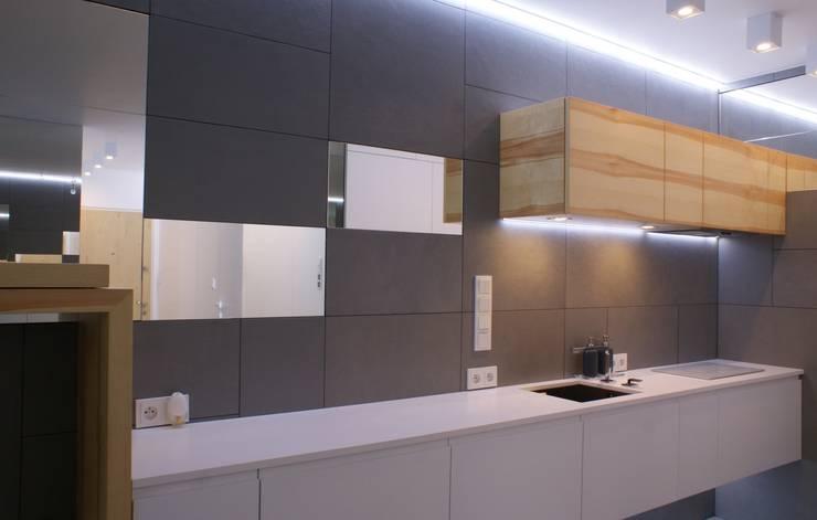 Grey-t: styl , w kategorii Kuchnia zaprojektowany przez t design,Nowoczesny Płyta MDF