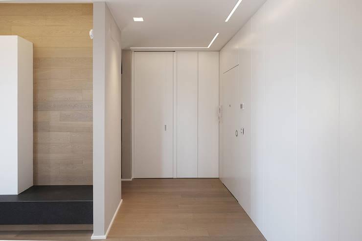 Luca Mancini | Architetto의  복도 & 현관