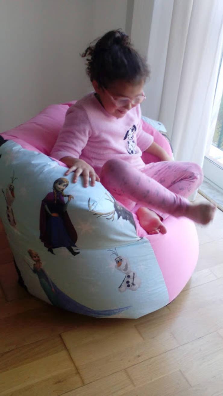"""Puff médio """"frozen"""": Quarto de crianças  por Textilpuff"""