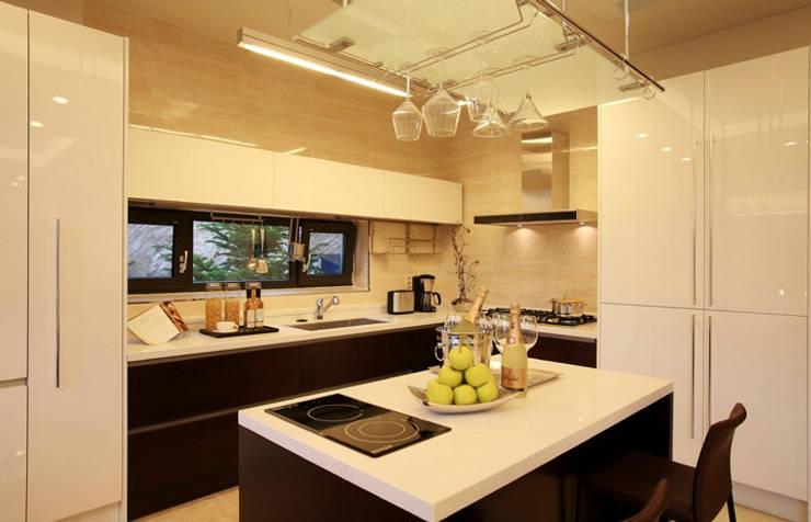 Cozinhas  por 한글주택(주)