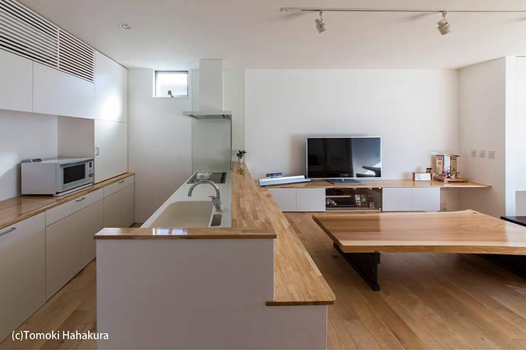 I Live Architects/田辺弘幸建築設計事務所의  주방