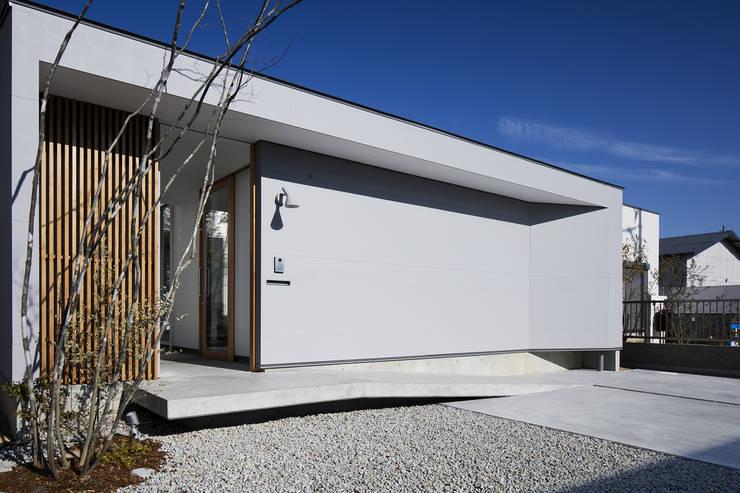外観: プラスアトリエ一級建築士事務所が手掛けた家です。